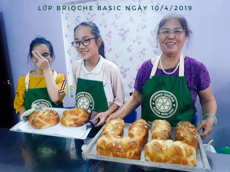 Chong Chóng Bakery