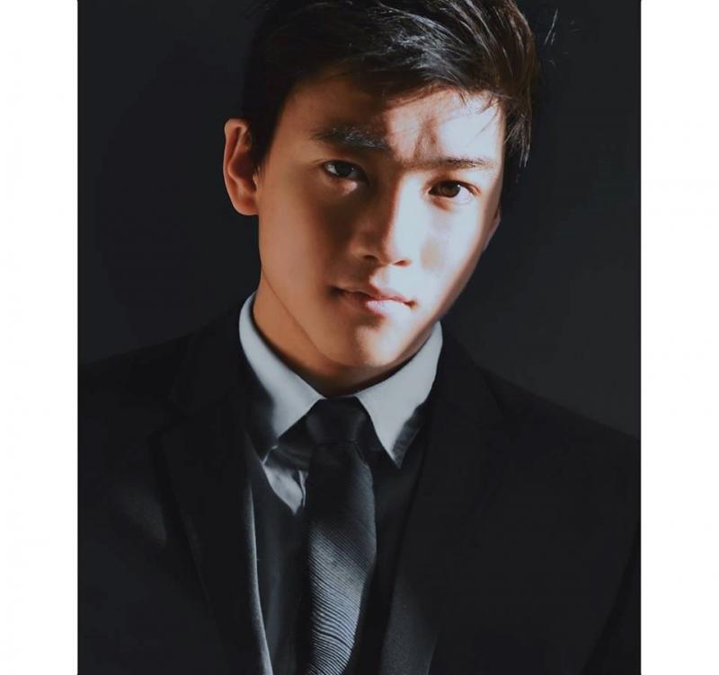 Chris Khoa Nguyễn