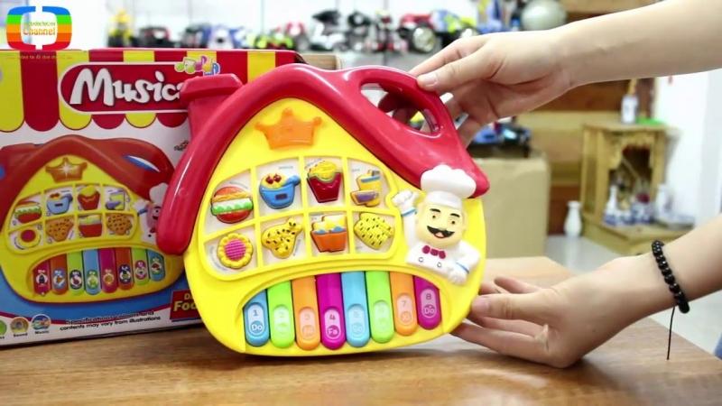 Cha mẹ nên cân nhắc về chất lượng đồ chơi trước khi mua cho bé.