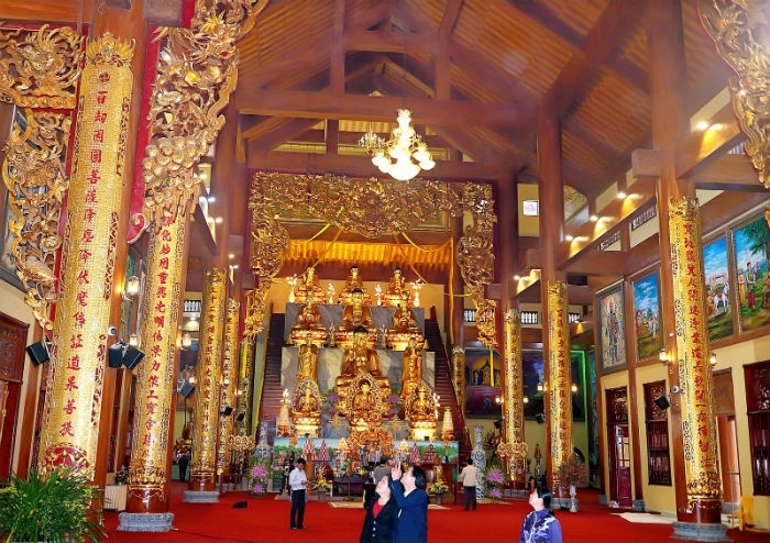 Ngôi chùa có chính điện lớn nhất Việt Nam