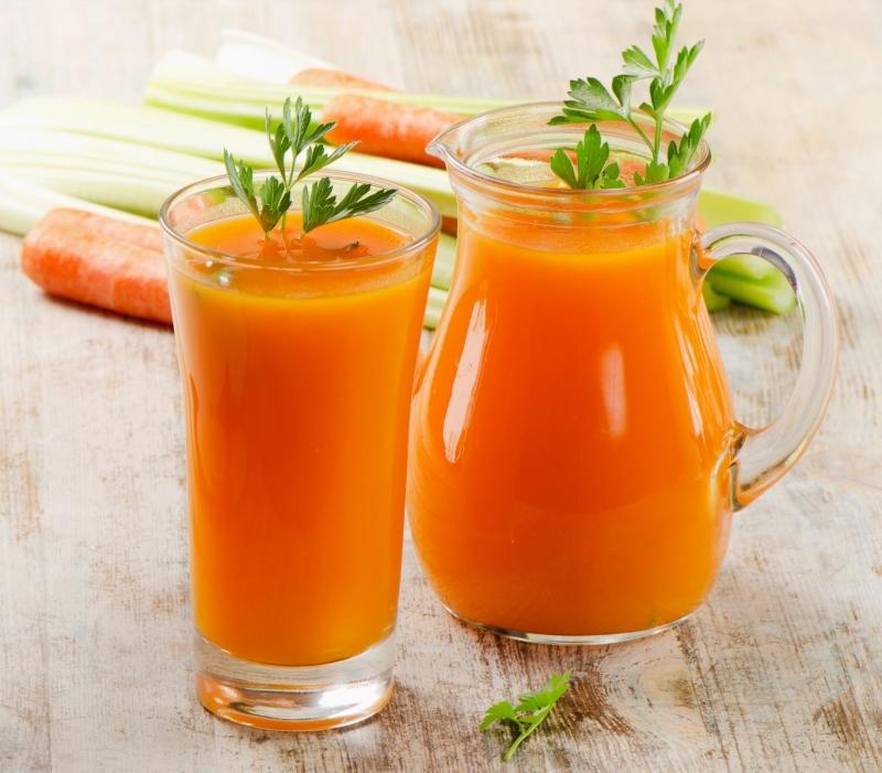 Nước ép cà rốt bổ sung thêm dưa leo và củ cải đường chữa dị ứng thời tiết.