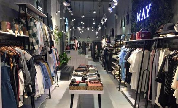 May boutique - địa điểm quen thuộc của giới trẻ mọi lứa tuổi