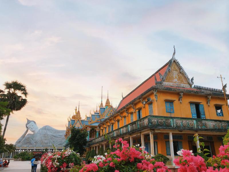 Chùa là nơi có tượng Phật Thích Ca lớn nhất ĐBSCL