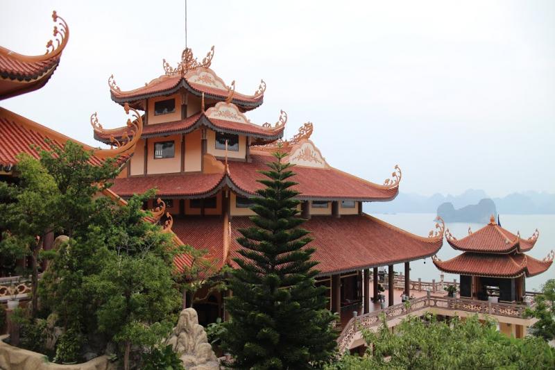 Chùa Cái Bầu hay còn gọi là thiện viện Trúc Lâm Giác Tâm