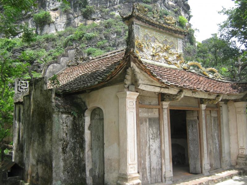 Chùa Duyên Ninh nổi tiếng là nơi cầu duyên, cầu tự ở Ninh Bình