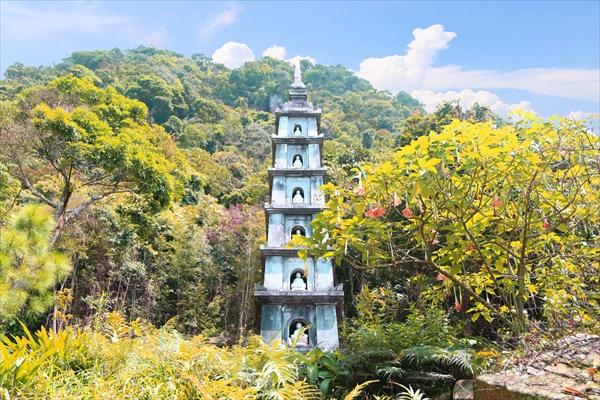 Tháp Bảy tầng được phục dựng tại chùa Hồ Thiên