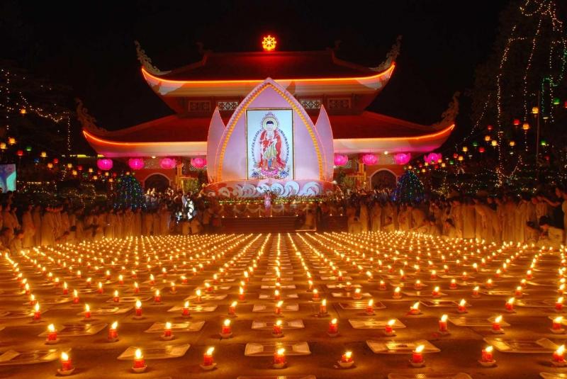 Chùa Hoằng Pháp là nơi tâm linh thu hút nhiều tín đồ Phật giáo đến tham quan và tham gia các khóa tu tại chùa