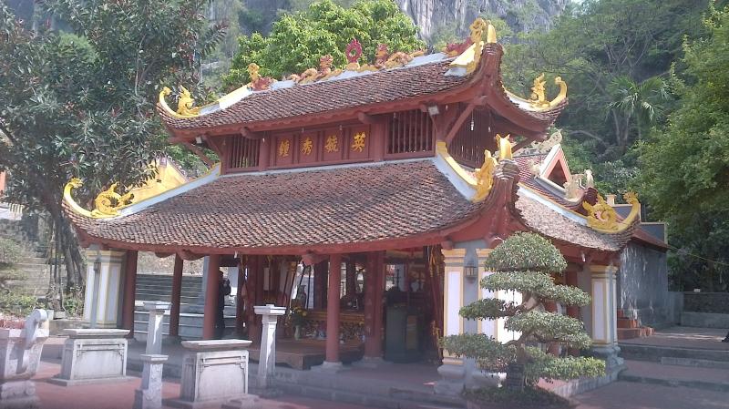 Chùa Long Tiên với vẻ đẹp cổ kính