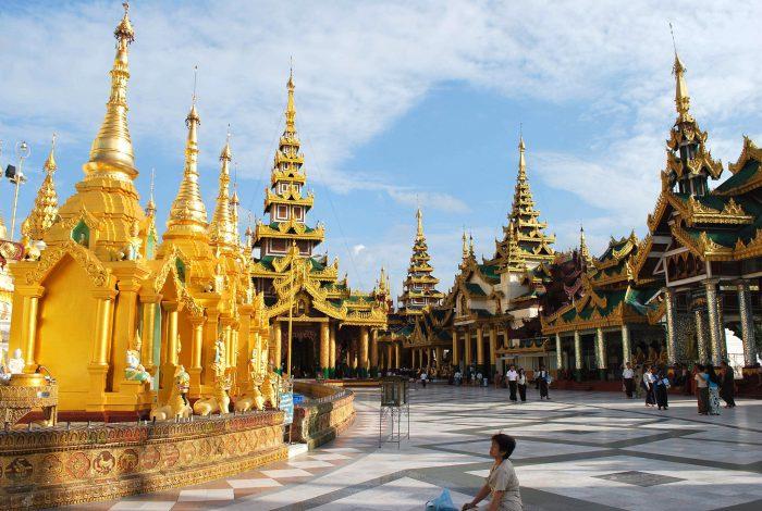 That Luang - nét độc đáo trong kiến trúc cổ,