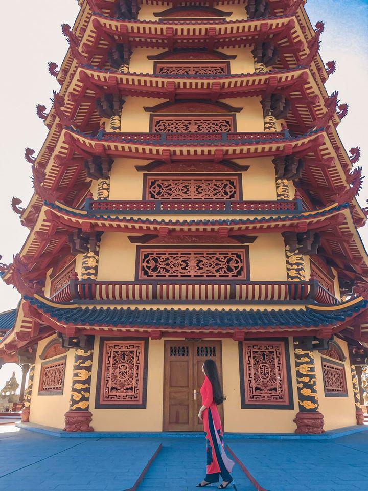 Chùa Phật Ngọc Xá Lợi Vĩnh Long