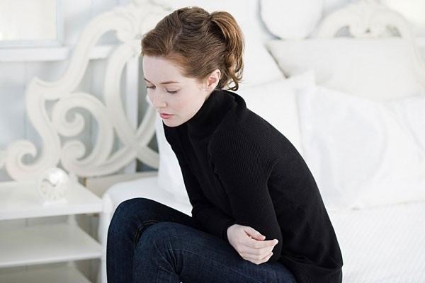 Rau thì là điều hòa kinh nguyệt và giảm đau bụng khi