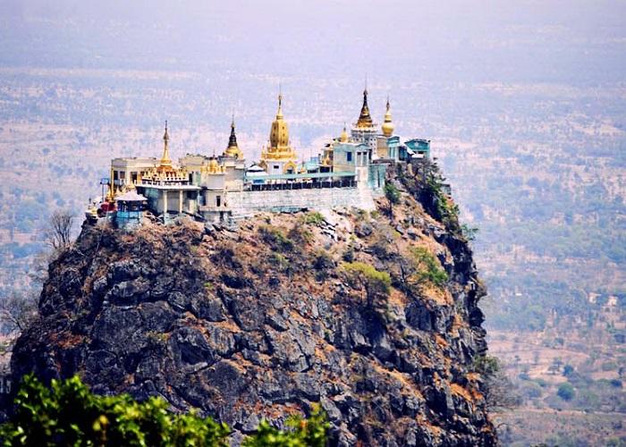 CHÙA TAUNG KALAT (MYANMAR)
