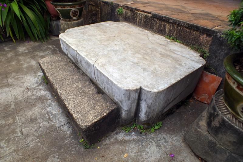 Hòn đá chém