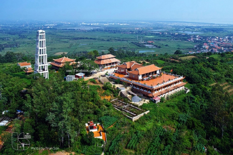 Toàn cảnh chùa tháp Tường Long