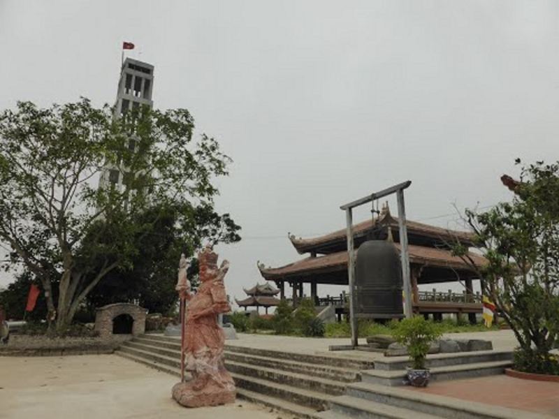 Cảnh quan bên trong chùa