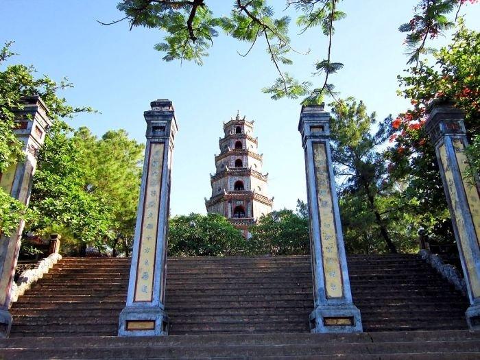 Tháp Phước Duyên - Biểu tượng chùa Thiên Mụ