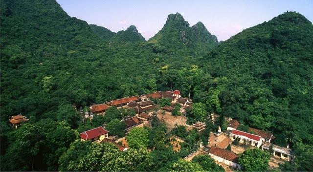 Toàn cảnh chùa Thiên Trù nhìn từ trên cao