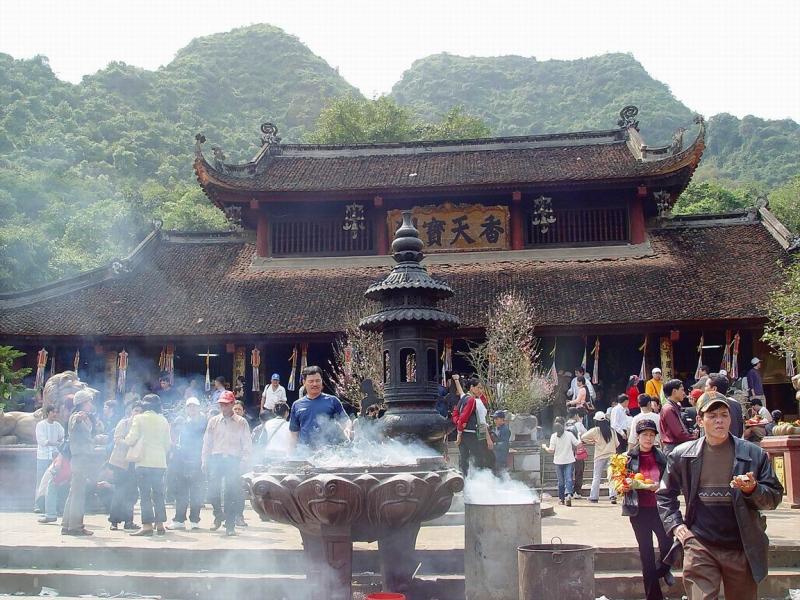 Chùa Thiên Trù (Chùa Hương) - Hương Sơn (Hà Tây)