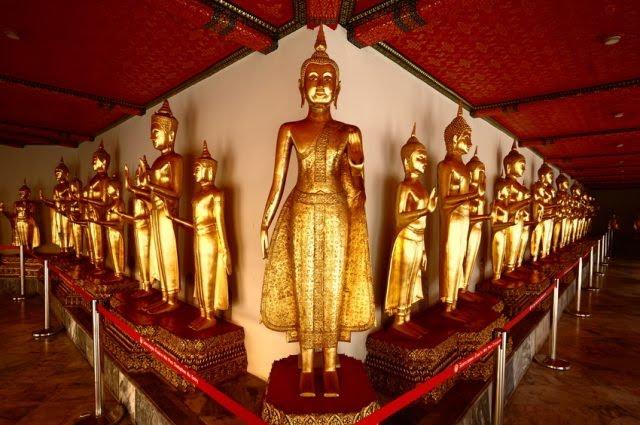Tượng phật trong chùa Wat Pho