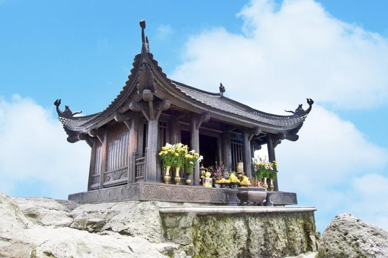 Chùa Đồng Yên Tử - một cõi mây trời nước Việt