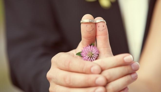 Chung thủy để hạnh phúc trọn vẹn, tránh các bệnh lây qua đường tình dục