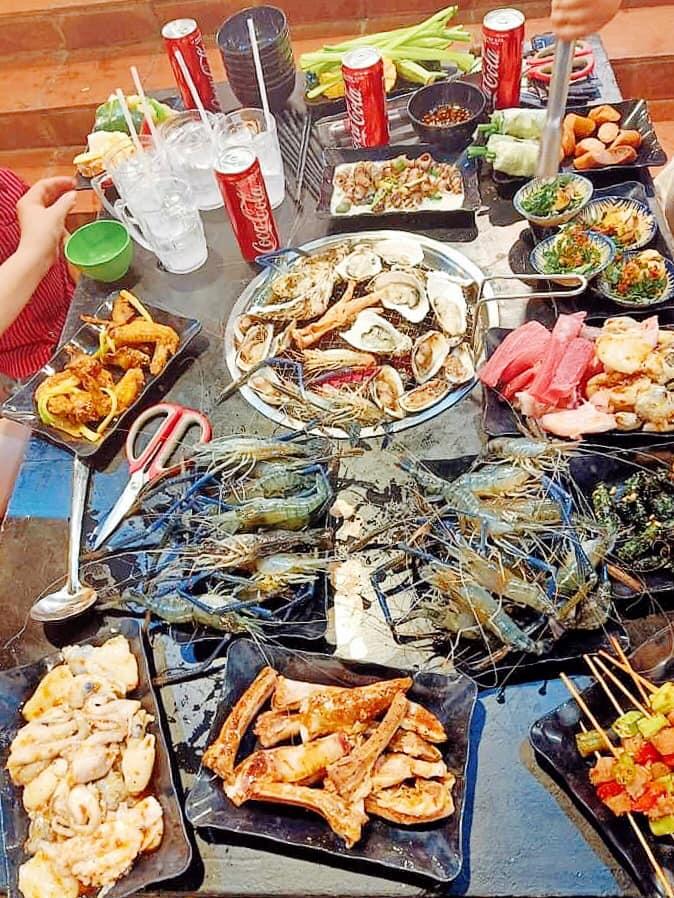 Chuỗi buffet Lẩu & Nướng Cô 3 Còi
