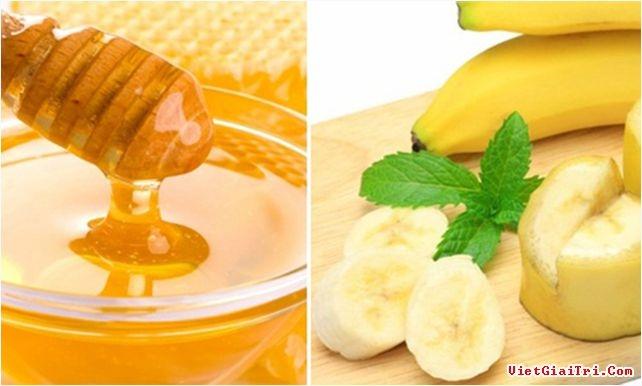 Chuối chín và mật ong nguyên chất