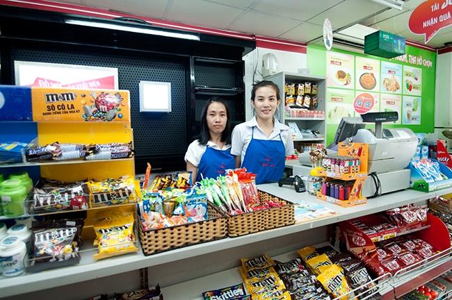 Dịch vụ tại Shop & Go luôn luôn nhanh chóng, phong cách phục vụ chu đáo