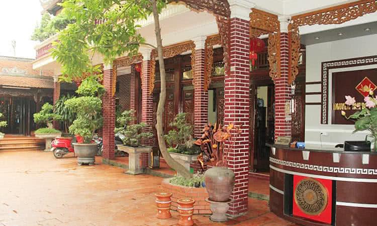 Nhà hàng Lê Văn Dực