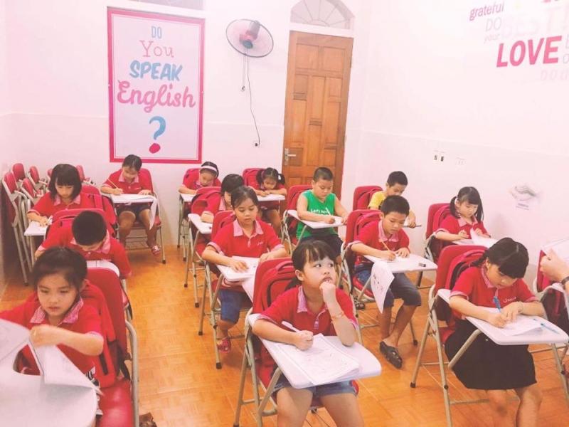 Lớp học của các bé thiếu nhi.