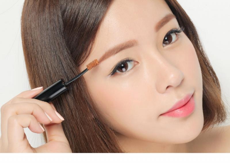 Chuốt mascara cho lông mày