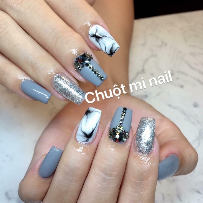 Chuột Mi Nail
