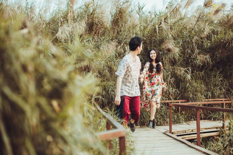 Ảnh cưới chụp tại Bãi Đá Sông Hồng- yeumedia.vn