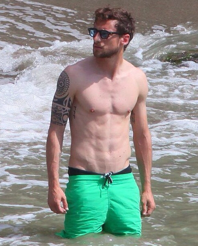 Marchisio có hàm râu quai nón đầy nam tính