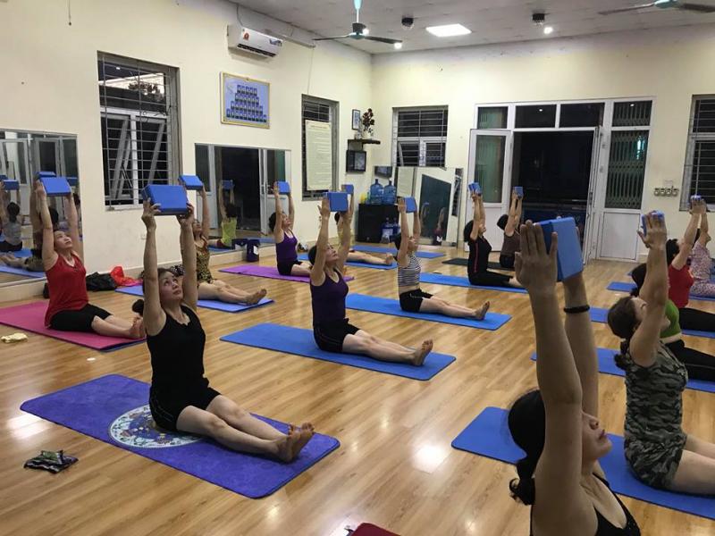 CLB Thuỷ Yoga Lạng Sơn