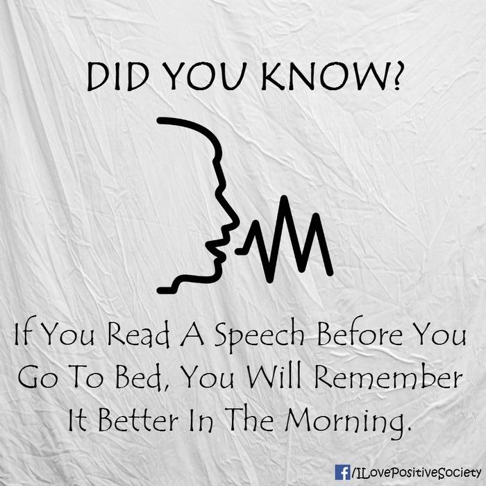 Đọc bài trước khi đi ngủ sẽ giúp bạn dễ ghi nhớ chúng hơn vào sáng hôm sau.