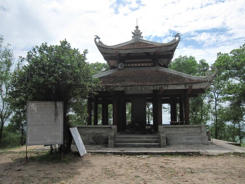 Am Bạch Vân - Bàn Cờ Tiên