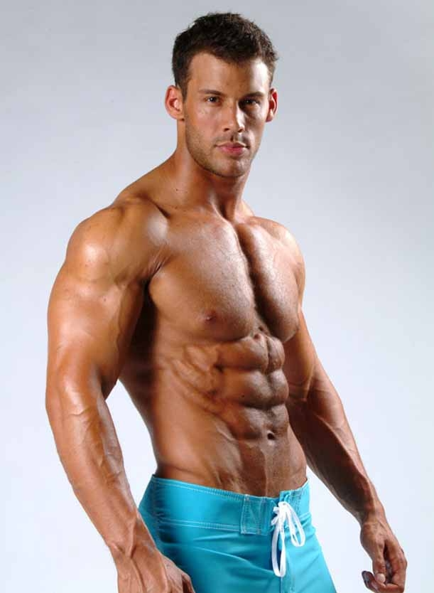 Cơ bụng là điểm nhất dẫn nhất của nam giới