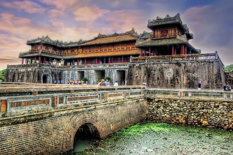 Nét đẹp cổ kính của kinh thành Huế
