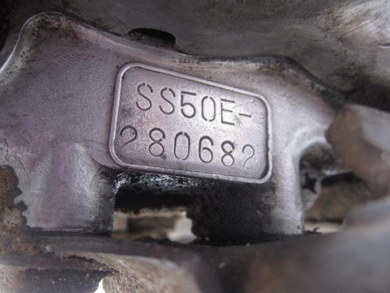 Có được tự ý đóng lại số khung, số máy để đăng ký xe hay không?