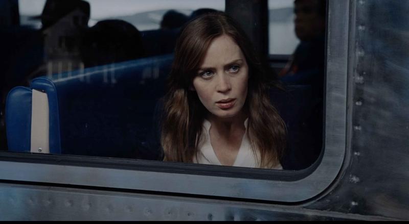 Emily Blunt hoảng loạn trong trailer chính thức