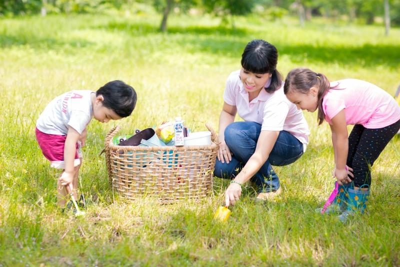 Cô giáo tiểu học giỏi chăm sóc con cái