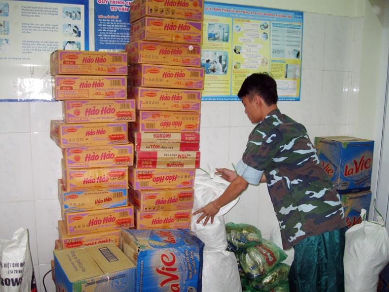 Dự trữ lương thực phòng bão lũ