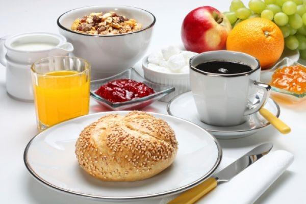 Có một bữa sáng đầy đủ