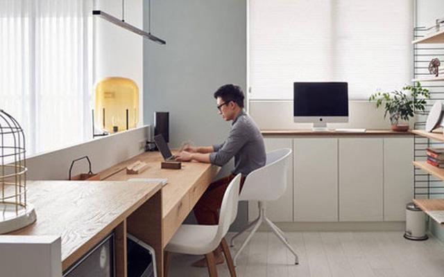 Thực hiện tránh tiếp xúc trực tiếp, làm việc online tại nhà.