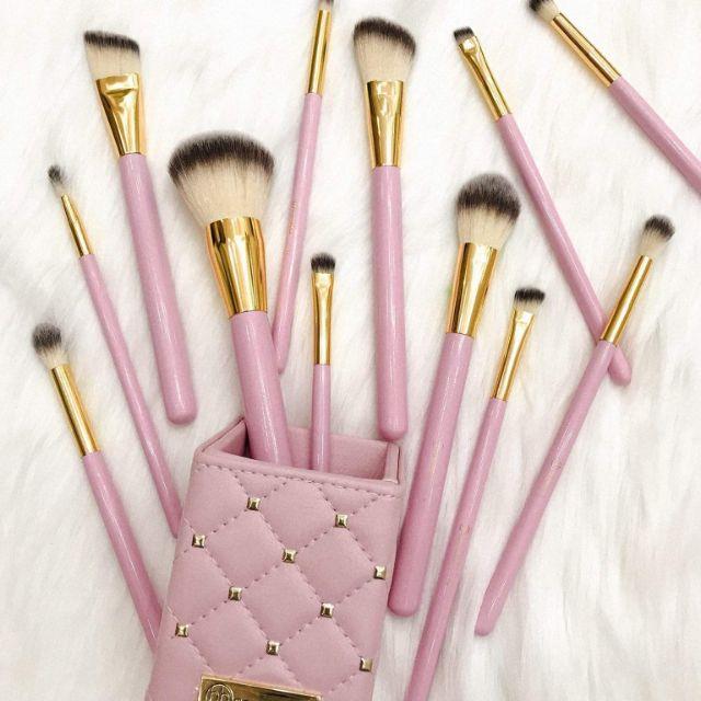 Cọ trang điểm BH Cosmetics Pink Studded Elegance Brush