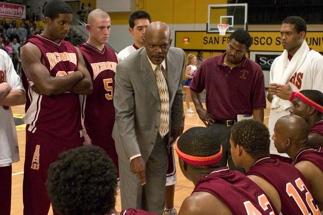 Một cảnh trong phim Coach Carter