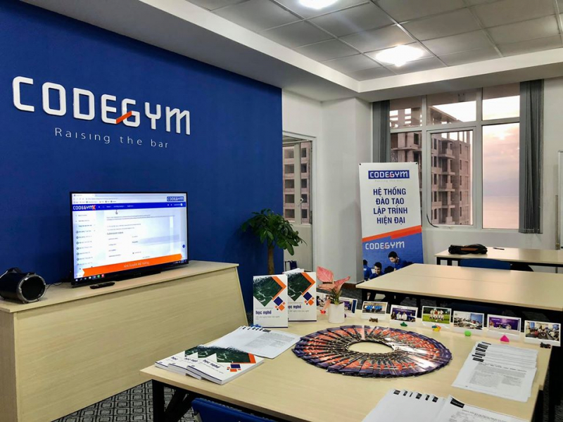 CodeGym- Hệ thống đào tạo lập trình hiện đại.