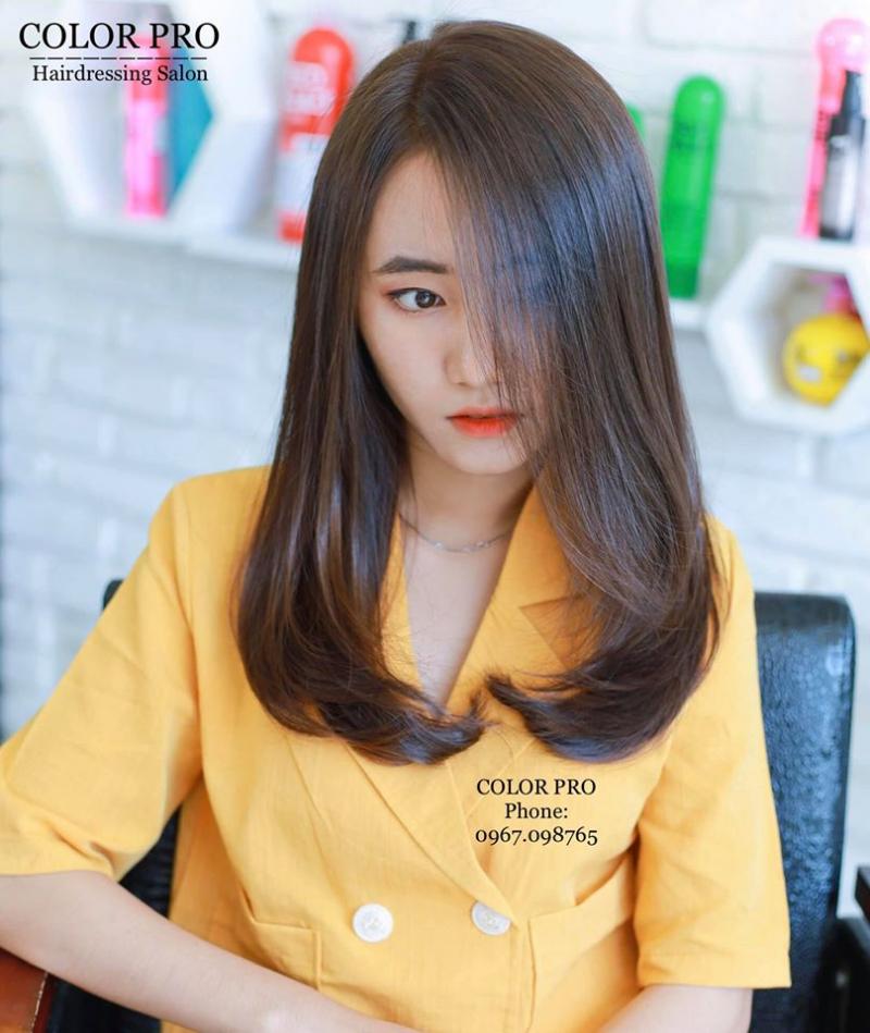 Color Pro Hair Salon luôn cập nhật những công nghệ mới và phù hợp nhất để phục vụ cho mái tóc của khách hàng