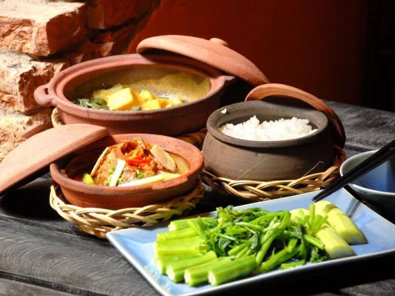 Món Việt hấp dẫn tại nhà hàng